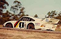 Alan Jones Porsche going around the Eastern Loop.